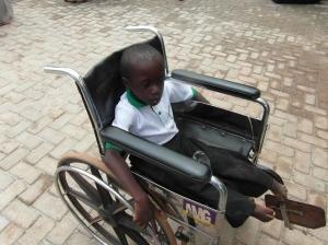 rolstoel jongen